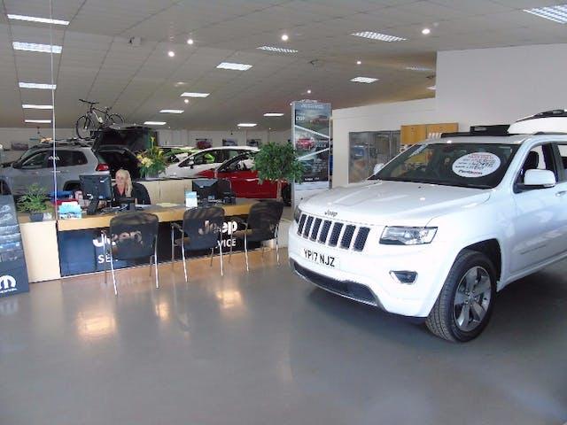 Pentagon Jeep Sheffield - Parkway