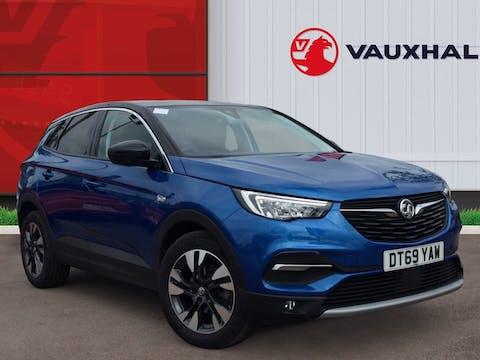 Vauxhall Grandland X 1.2 Turbo SRi Nav SUV 5dr Petrol Manual (s/s) (130 Ps) | DT69YAW