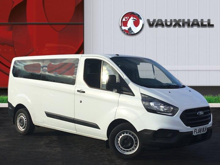 Ford Transit Custom 2.0 320 Ecoblue Kombi 5dr Diesel Manual L2 H1 Eu6 (s/s) (9 Seat) (130 Ps) | FL68BLN | Photo 1