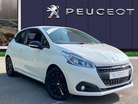 Peugeot 208 1.2 Puretech Black Edition Hatchback 3dr Petrol (82 Ps) | FP17RTO