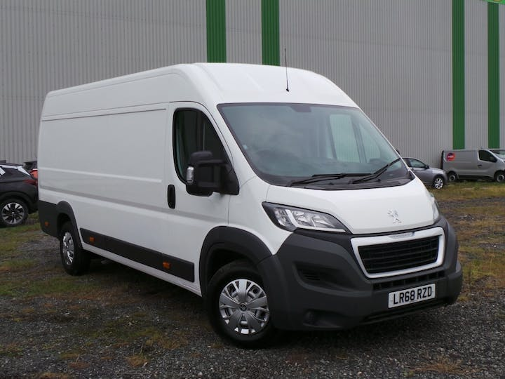 Peugeot Boxer 2.0 Bluehdi 435 Professional Panel Van 5dr Diesel Manual L4 H2 Eu6 (130 Ps) | LR68RZD | Photo 1