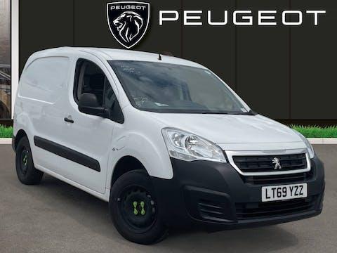Peugeot Partner L1 Electric Partner 636 SE 67 Van Auto   LT69YZZ