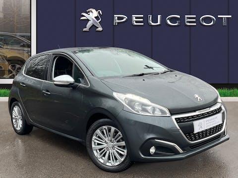 Peugeot 208 1.2 Puretech Allure Hatchback 5dr Petrol Eat (s/s) (110 Ps) | MK67EYR