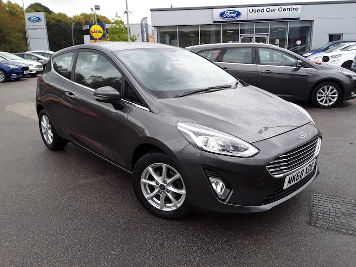 Ford Fiesta 1.1 Zetec Navigation 3dr | MK68XDE | Photo 1
