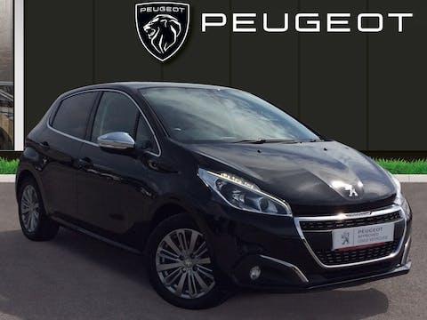 Peugeot 208 1.2 Puretech Allure Hatchback 5dr Petrol (82 Ps) | MT17LYG