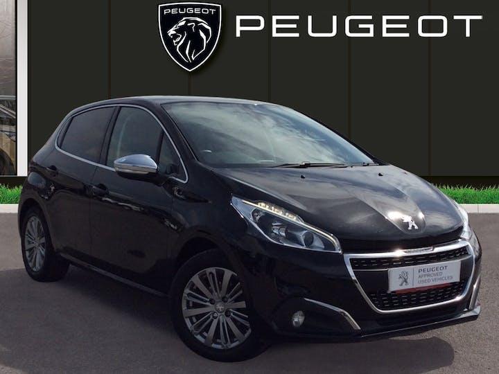 Peugeot 208 1.2 Puretech Allure Hatchback 5dr Petrol (82 Ps)   MT17LYG   Photo 1