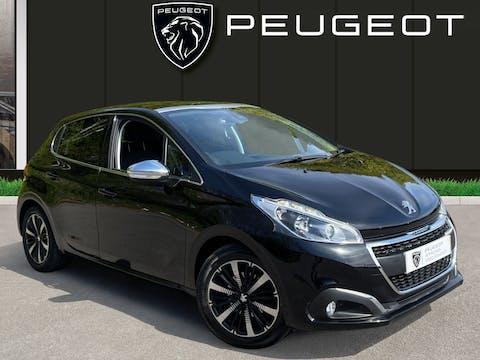 Peugeot 208 1.2 Puretech Allure Premium Hatchback 5dr Petrol (s/s) (82 Ps) | MT18JVO