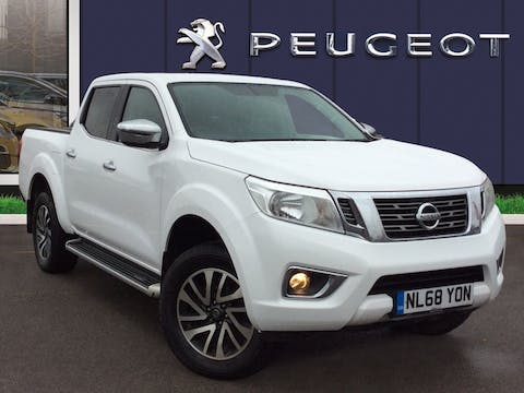 Nissan Navara 2.3 DCi Acenta+ Double Cab Pickup 4dr Diesel Auto 4wd (190 Ps) | NL68YON