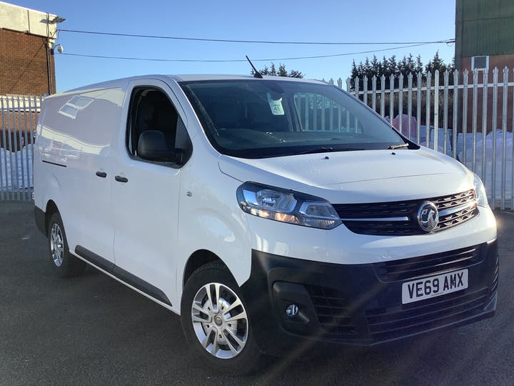 Vauxhall Vivaro 1.5 Turbo D 2900 Dynamic Panel Van 6dr Diesel Manual L2 H1 Eu6 (s/s) (100 Ps) | VE69AMX | Photo 1