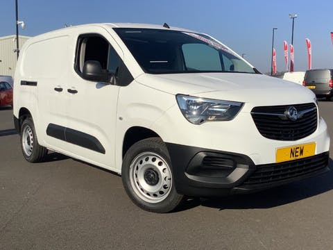 Vauxhall Combo 1.5 Turbo D 2300 Dynamic Panel Van 4dr Diesel Manual L2 H1 Eu6 (100 Ps) | YR21HWN