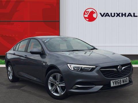 Vauxhall Insignia 1.5i Turbo Design Nav Grand Sport 5dr Petrol Manual (s/s) (165 Ps) | YR68WAO
