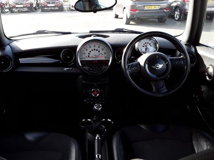 MINI Hatch 1.6 Cooper Soho Hatchback 3dr Petrol Manual (127 G/km, 122 Bhp)   BV61ODK   Photo 10