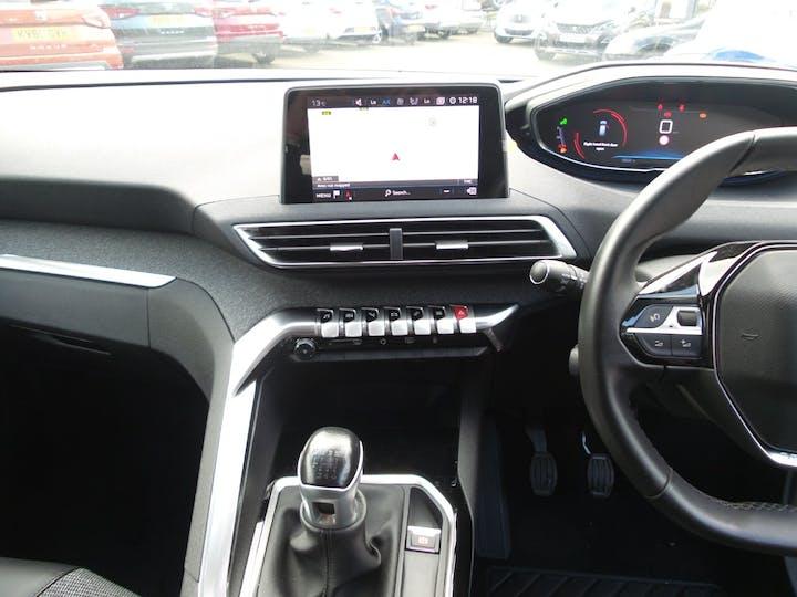 Peugeot 3008 1.2 Puretech Allure SUV 5dr Petrol (s/s) (130 Ps) | FY67GWE | Photo 10