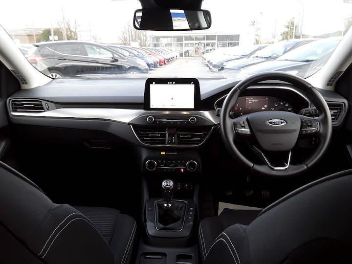 Ford Focus 1.0t Ecoboost Titanium Hatchback 5dr Petrol Manual (s/s) (125 Ps)   MD68YBJ   Photo 10