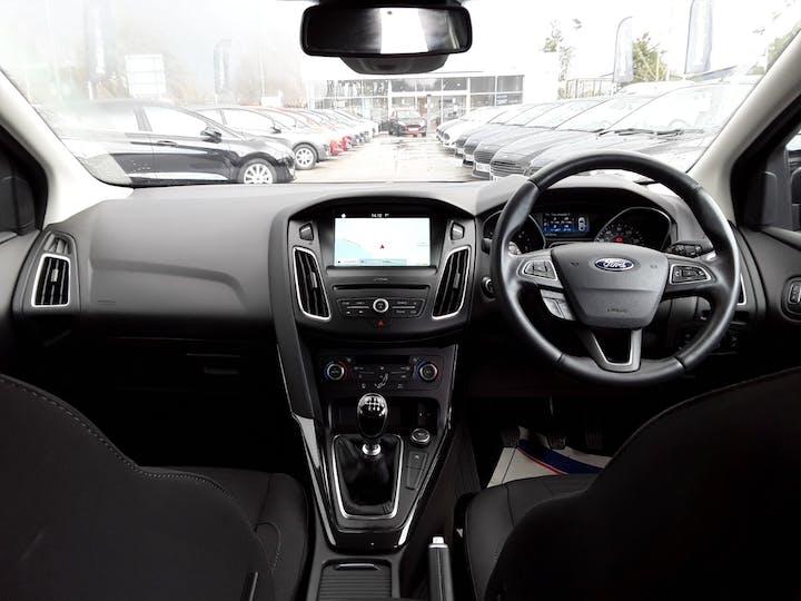 Ford Focus 1.5 TDCi Titanium Hatchback 5dr Diesel (s/s) (120 Ps) | ML67HZX | Photo 10