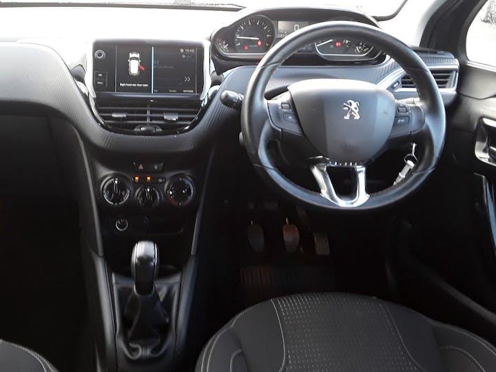 Peugeot 208 1.2 Puretech Allure Premium Hatchback 5dr Petrol (s/s) (82 Ps) | MM18GNV | Photo 10