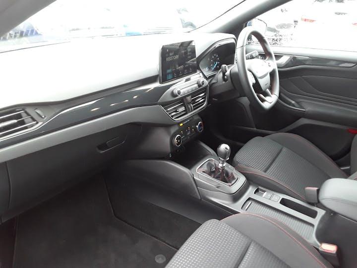 Ford Focus 1.0t Ecoboost St Line Hatchback 5dr Petrol Manual (s/s) (125 Ps)   MM69UHT   Photo 10