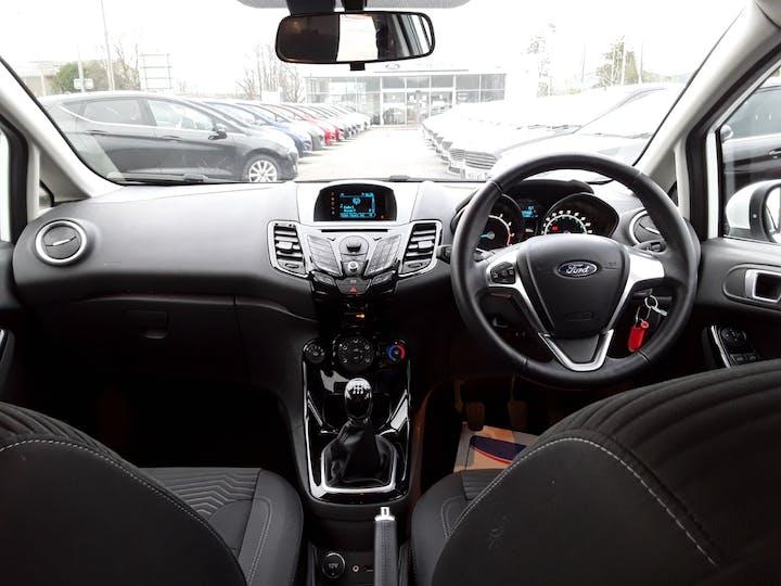 Ford Fiesta 1.25 Zetec Hatchback 5dr Petrol Manual (120 G/km, 81 Bhp) | MW64KPT | Photo 10