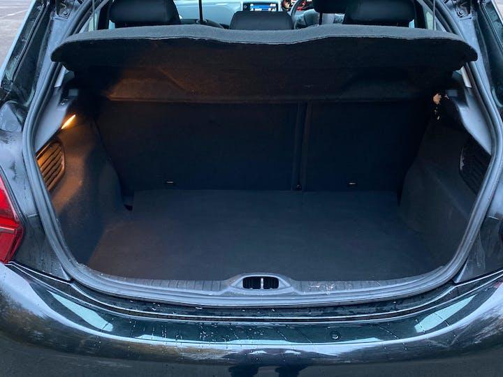 Peugeot 208 1.2 Puretech Signature Hatchback 5dr Petrol (s/s) (82 Ps) | NU68JHO | Photo 10