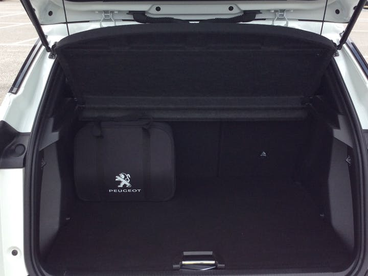 Peugeot 2008 50kwh Allure SUV 5dr Electric Auto (136 Ps) | RO70OUU | Photo 10