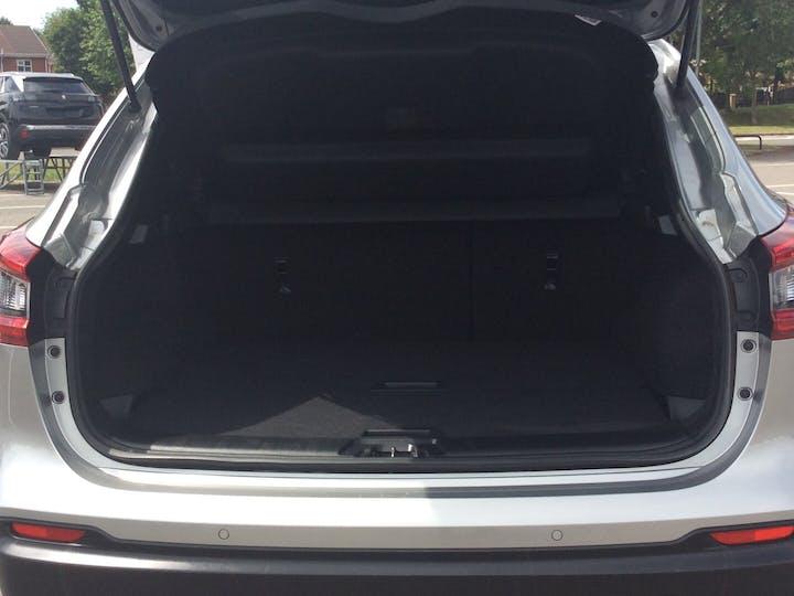 Nissan Qashqai 1.5 DCi N Connecta SUV 5dr Diesel Manual (s/s) (110 Ps)   YE67LYY   Photo 10