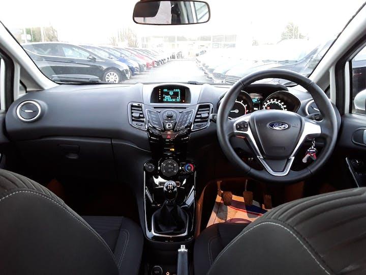 Ford Fiesta 1.0 Ecoboost Zetec 5dr | YG14RHT | Photo 10