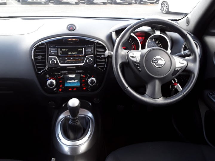 Nissan Juke 1.2 Dig T Acenta SUV 5dr Petrol (s/s) (115 Ps) | YL67XRX | Photo 10