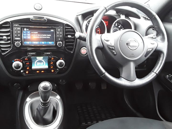 Nissan Juke 1.2 Dig T N Connecta SUV 5dr Petrol (s/s) (115 Ps) | YM16CUJ | Photo 10