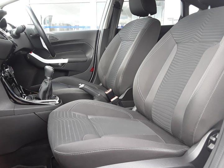 Ford Fiesta 1.25 Zetec White Edition Hatchback 5dr Petrol Manual (122 G/km, 81 Bhp) | BJ66CCO | Photo 11