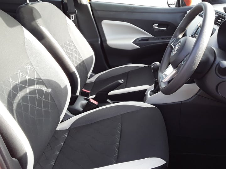 Nissan Micra 0.9 Ig T Acenta Limited Edition Hatchback 5dr Petrol Manual (s/s) (90 Ps) | BL67UYS | Photo 11