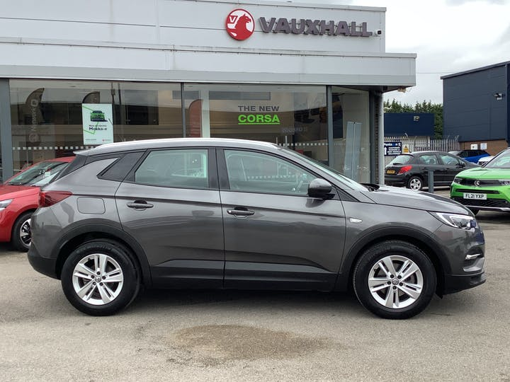 Vauxhall Grandland X 1.5 Turbo D Blueinjection SE SUV 5dr Diesel Manual (s/s) (130 Ps)   DS69WHX   Photo 11