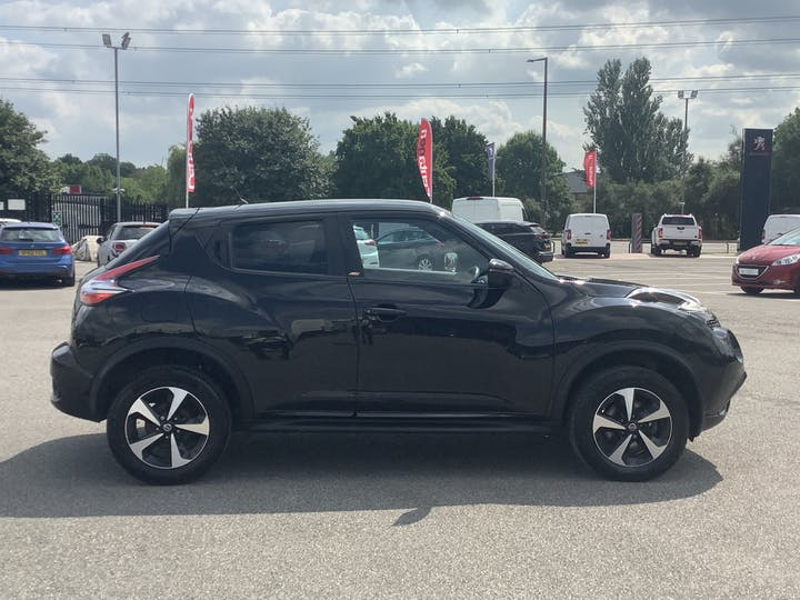 Nissan Juke 1.6 Bose Personal Edition SUV 5dr Petrol (112 Ps) | DT68OAY | Photo 11