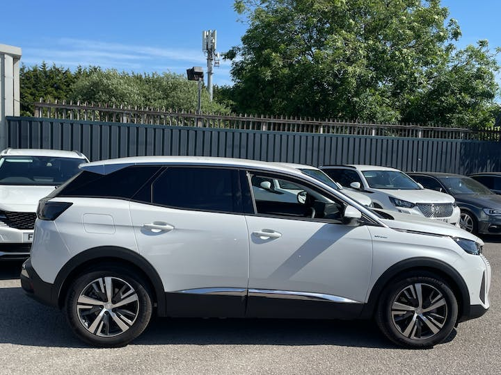 Peugeot 3008 1.6 13.2kwh Allure SUV 5dr Petrol Plug In Hybrid E Eat (s/s) (225 Ps)   FN21YYX   Photo 11