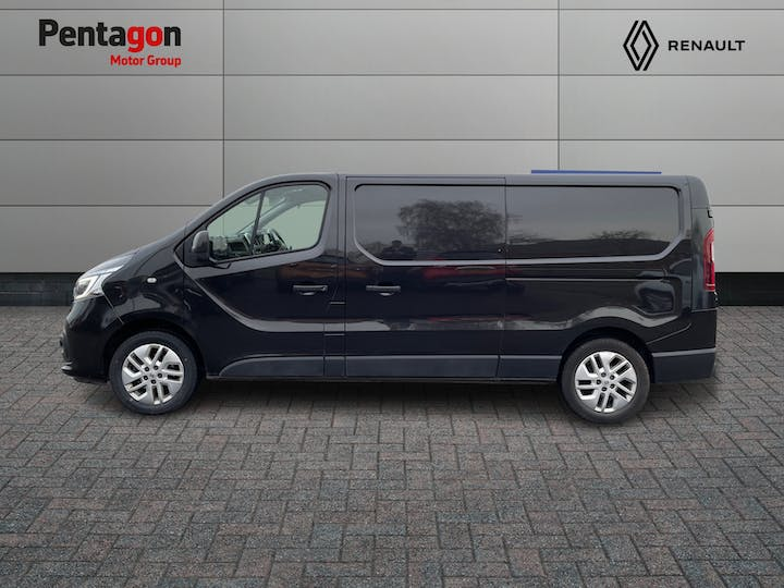 Renault Trafic 2.0 DCi Energy 30 Sport Nav Panel Van 5dr Diesel Manual LWB Standard Roof Eu6 (s/s) (120 Ps) | FV70HVR | Photo 11