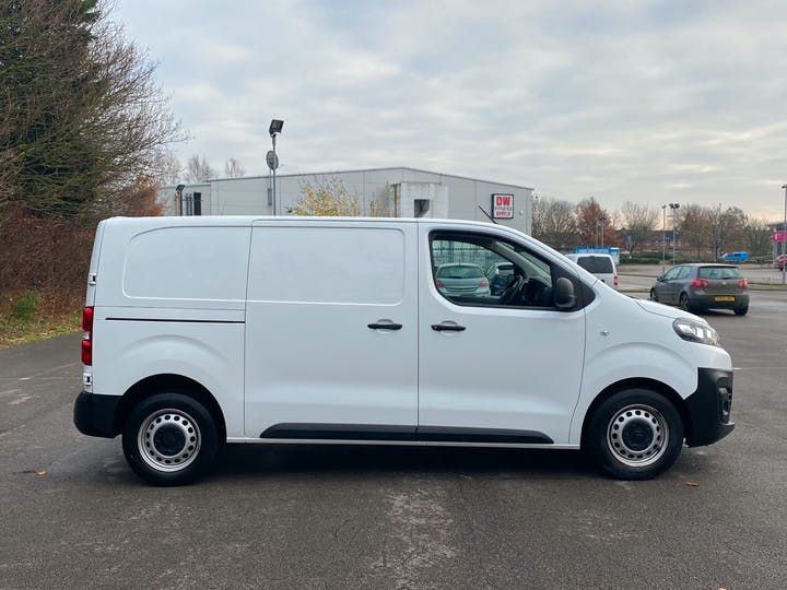 Citroen Dispatch 2.0 Bluehdi 1400 Enterprise M Panel Van 6dr Diesel Manual MWB Eu6 (s/s) (120 Ps) | LG19CYC | Photo 11