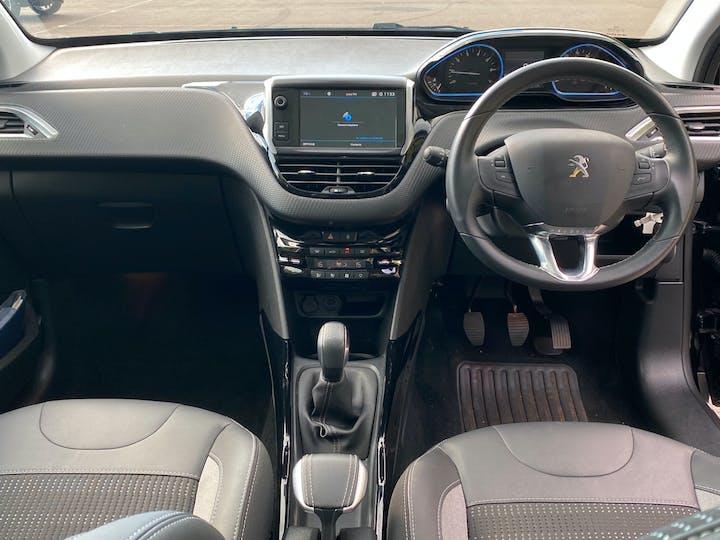 Peugeot 2008 1.2 Puretech Allure Premium 5dr | LR19EAK | Photo 11