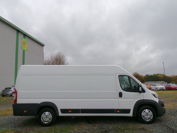 Peugeot Boxer 2.0 Bluehdi 435 Professional Panel Van 5dr Diesel Manual L4 H2 Eu6 (130 Ps) | LR68RZD | Photo 11