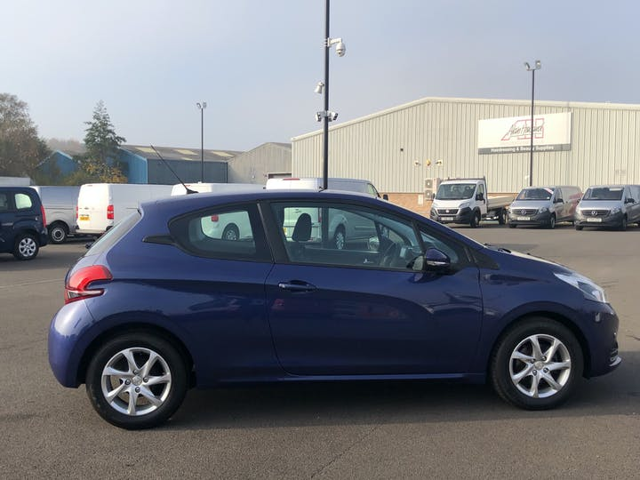Peugeot 208 1.2 Puretech Active Hatchback 3dr Petrol (82 Ps) | LS66SUU | Photo 11