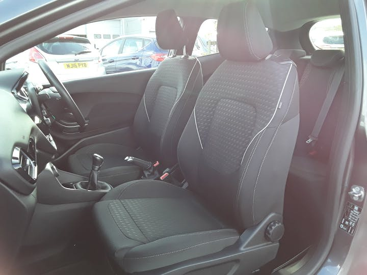 Ford Fiesta 1.1 Ti Vct Zetec Hatchback 3dr Petrol Manual (s/s) (85 Ps) | MA18ZKO | Photo 11