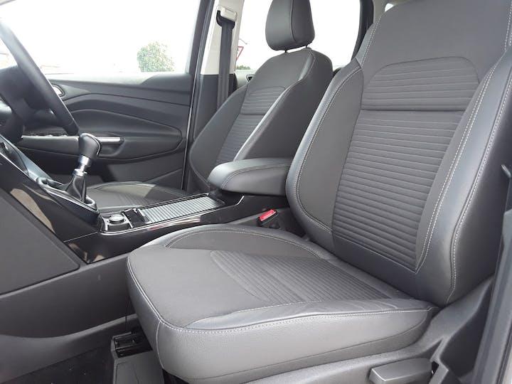 Ford Kuga 2.0 TDCi Titanium 5dr | MC18LSX | Photo 11