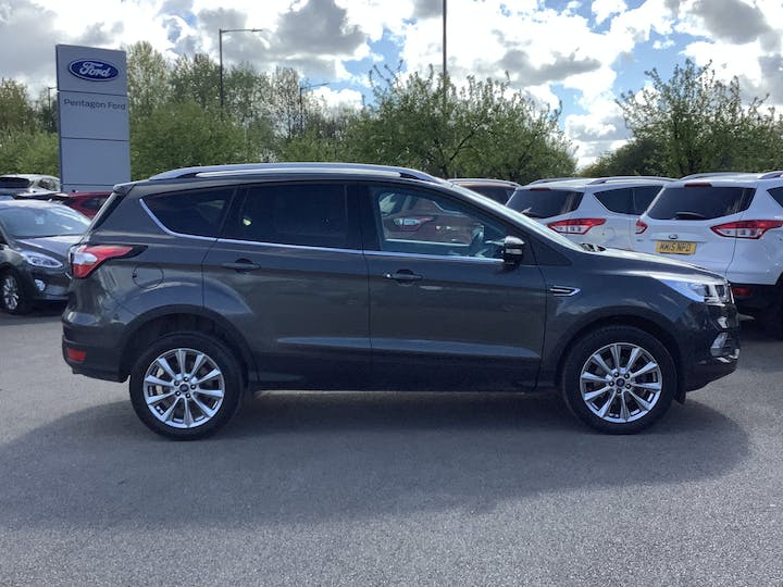 Ford Kuga 1.5 TDCi Ecoblue Titanium Edition SUV 5dr Diesel Manual (s/s) (120 Ps) | MH19SZC | Photo 11