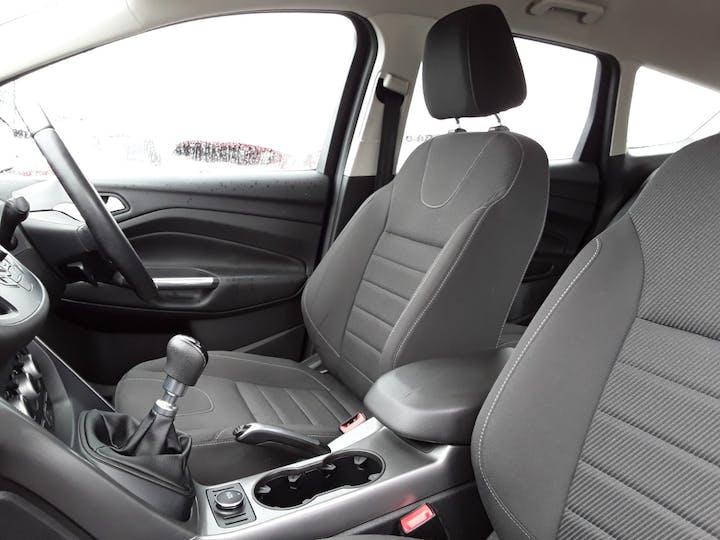 Ford Kuga 1.6 Ecoboost Zetec 5dr 2wd | MK64AEA | Photo 11