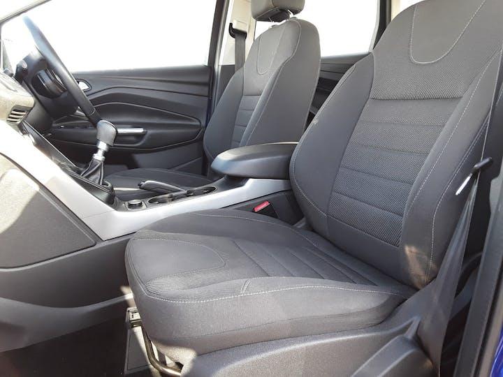 Ford Kuga 2.0 TDCi Zetec SUV 5dr Diesel Manual (139 G/km, 138 Bhp) | ML64DCO | Photo 11