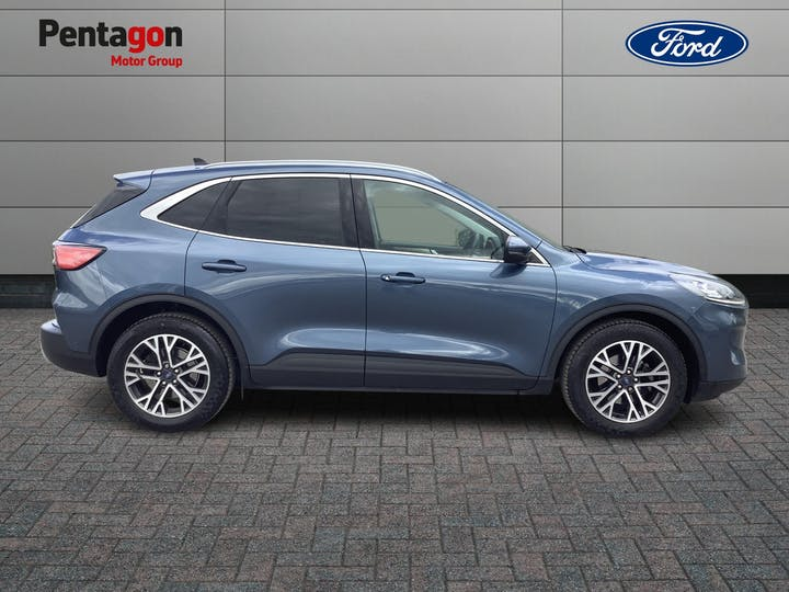 Ford Kuga 1.5 Ecoblue Titanium First Edition SUV 5dr Diesel Manual (s/s) (120 Ps)   ML70ZXY   Photo 11