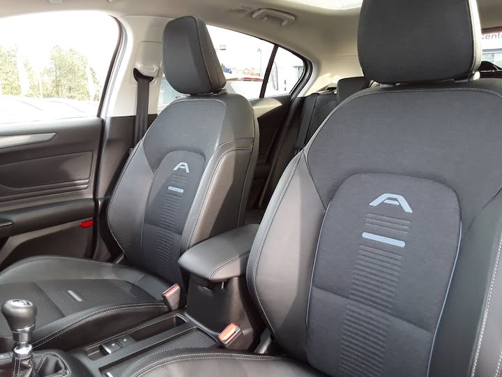 Ford Focus 1.0t Ecoboost Active X Hatchback 5dr Petrol Manual (s/s) (125 Ps) | MT69BSV | Photo 11