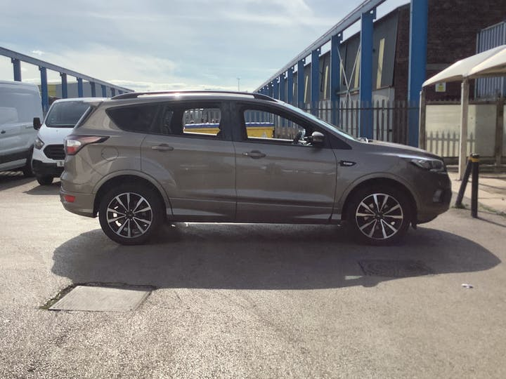 Ford Kuga 1.5 TDCi St Line SUV 5dr Diesel Manual (s/s) (120 Ps) | MV19AAY | Photo 11