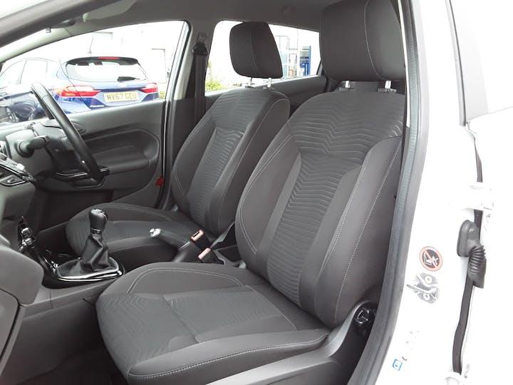 Ford Fiesta 1.25 Zetec Hatchback 5dr Petrol Manual (120 G/km, 81 Bhp) | MW64KPT | Photo 11