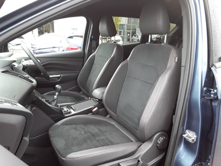 Ford Kuga 1.5 TDCi St Line SUV 5dr Diesel Manual (s/s) (120 Ps) | MX68TZO | Photo 11