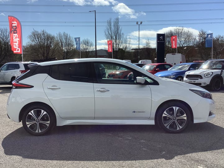 Nissan Leaf 40kwh N Connecta Hatchback 5dr Electric Auto (150 Ps) | VU69EOF | Photo 11