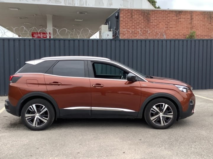Peugeot 3008 1.5 Bluehdi GT Line SUV 5dr Diesel (s/s) (130 Ps) | YS69CWC | Photo 11